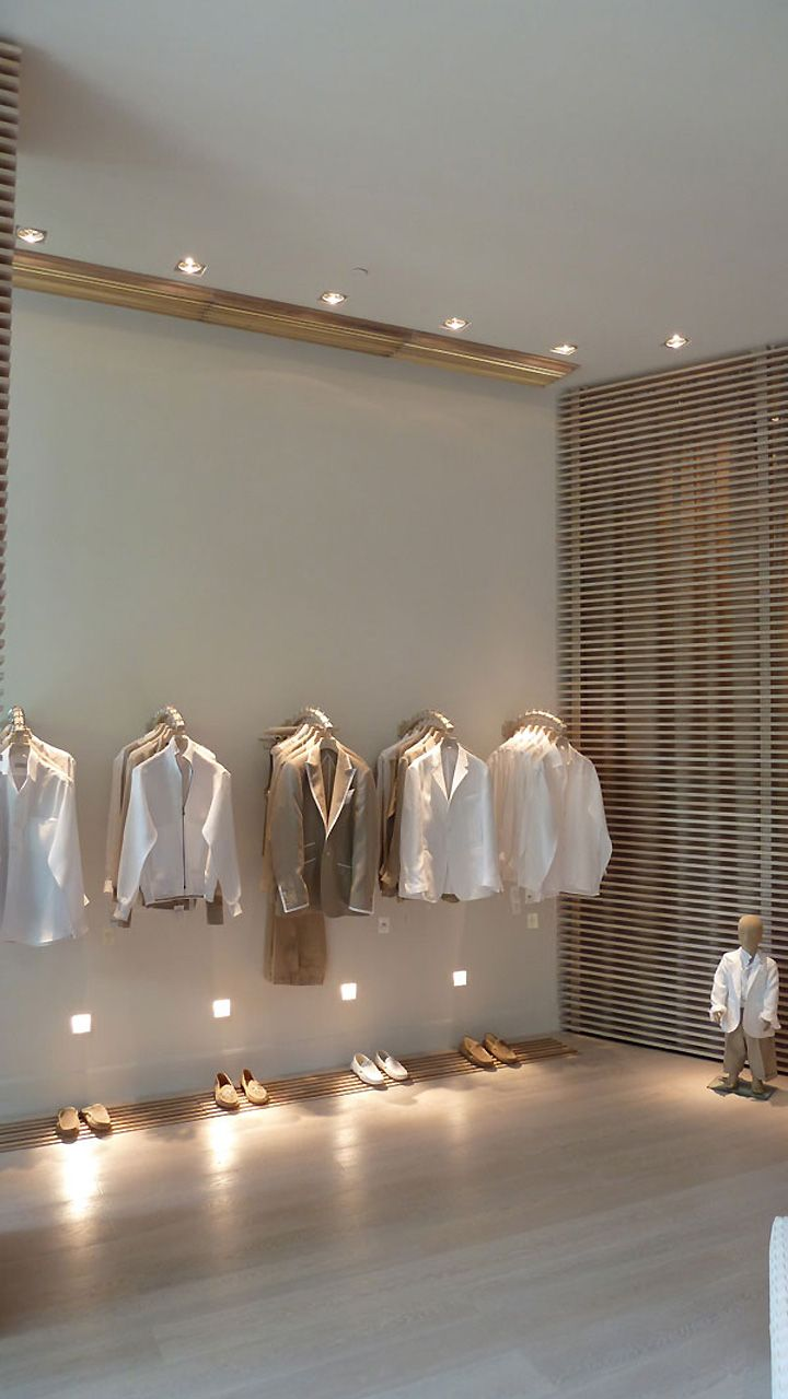 Magasin De Décoration Nice Nice Lighting And Racks At Low Level 100 Capri Store By Giachi