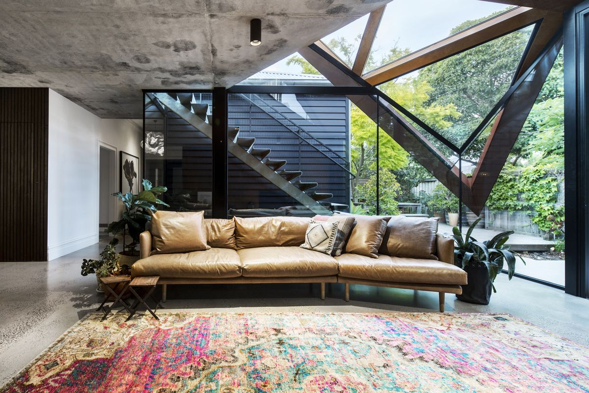 Glazed Roof Floats Like a Leaf Capturing Views of Trees and Sky ...