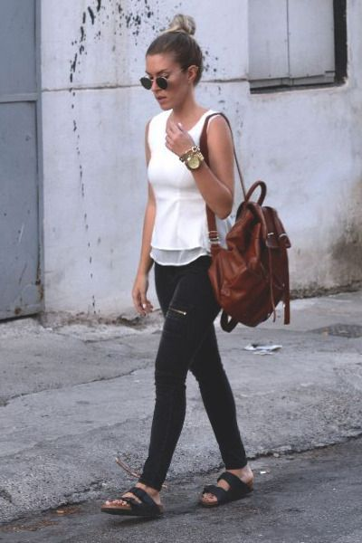 Travel Style- 20 Cute Summer Travelling Outfits for Women