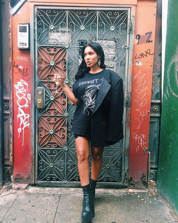 Yaris Sanchez   Clothing blogs, Fashion, Fashion inspo