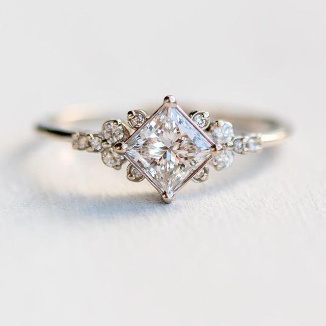 Stargaze-Ring aus 14 Karat Weißgold mit 3/4-Karat weißem Diamant Ab sofort erh… – 2019 – Jewelry Diy