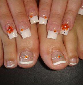Decorados para pies con uñas postizas