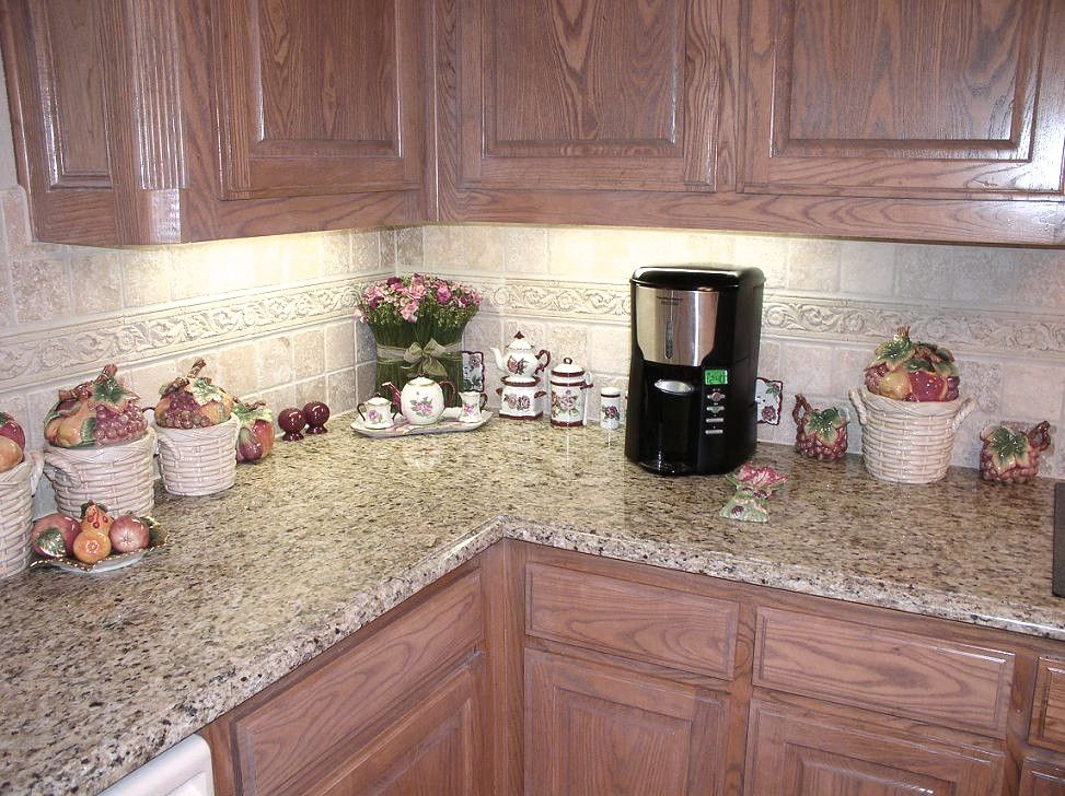 backsplash with giallo ornamental granite | Giallo Ornamental Backsplash | Ornaments | Custom Designs