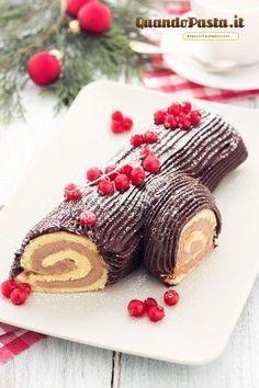 Tronchetto Di Natale Panettone.Il Tronchetto Di Natale E Uno Dei Dolci Piu Tipici Natalizi Dopo Il