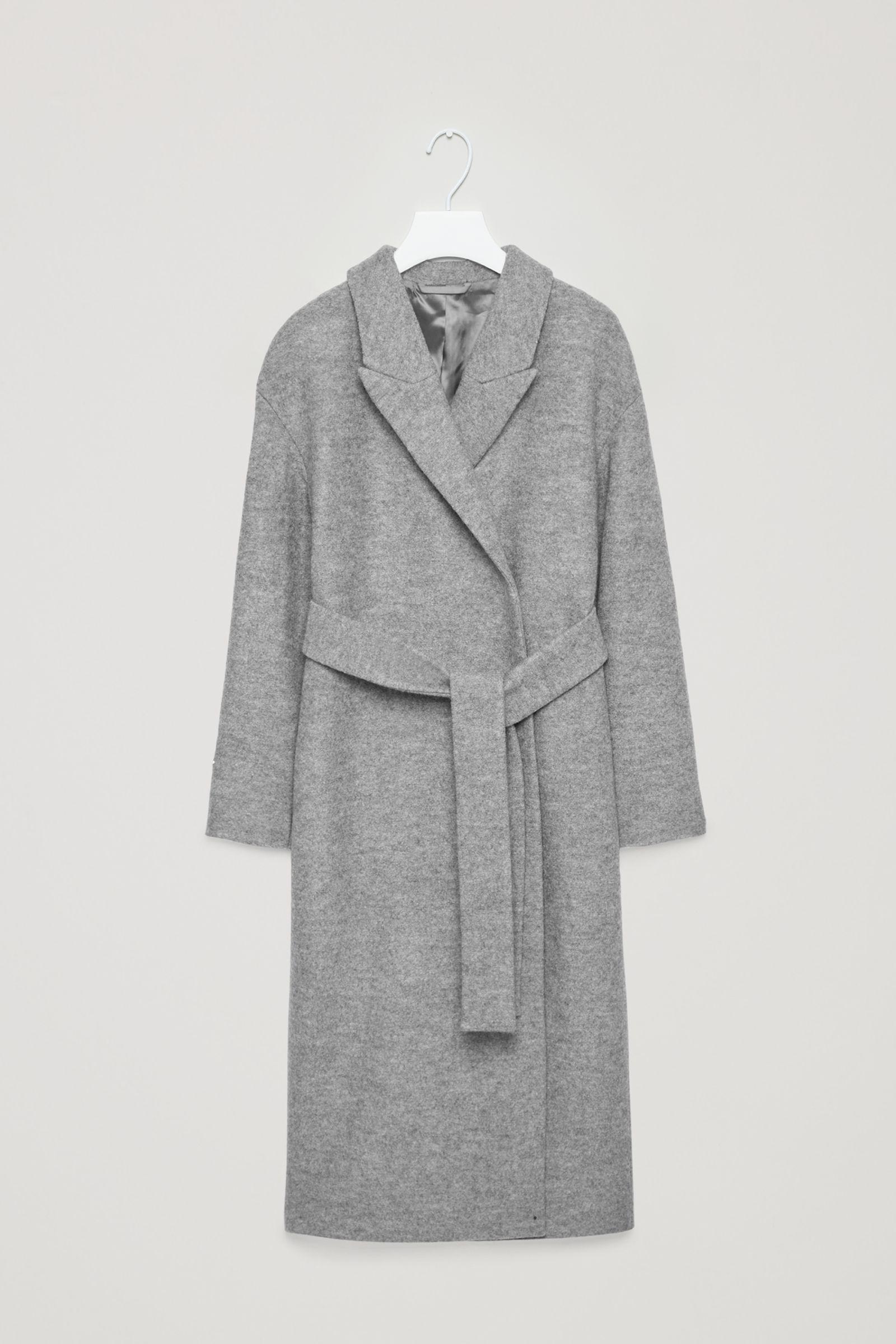 Dlouhý šedý kabát s vázačkou v pase COS  0b1b8ed86b