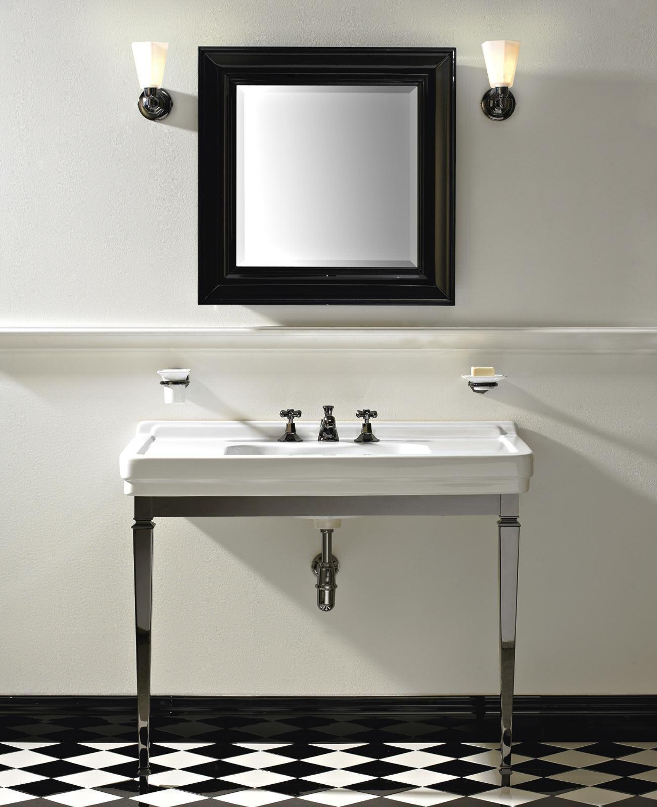 Sbordoni neoclassica waschtischkonsole mit for Badezimmermobel im angebot