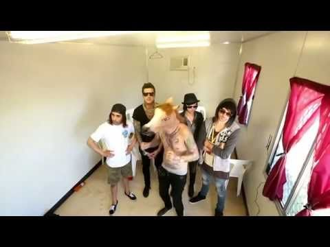 BEST 41 SECONDS OF MY LIFEEEE  Harlem Shake Pierce The Veil, All Time Low, Of Mice Men, Sleeping With Sirens - YouTube