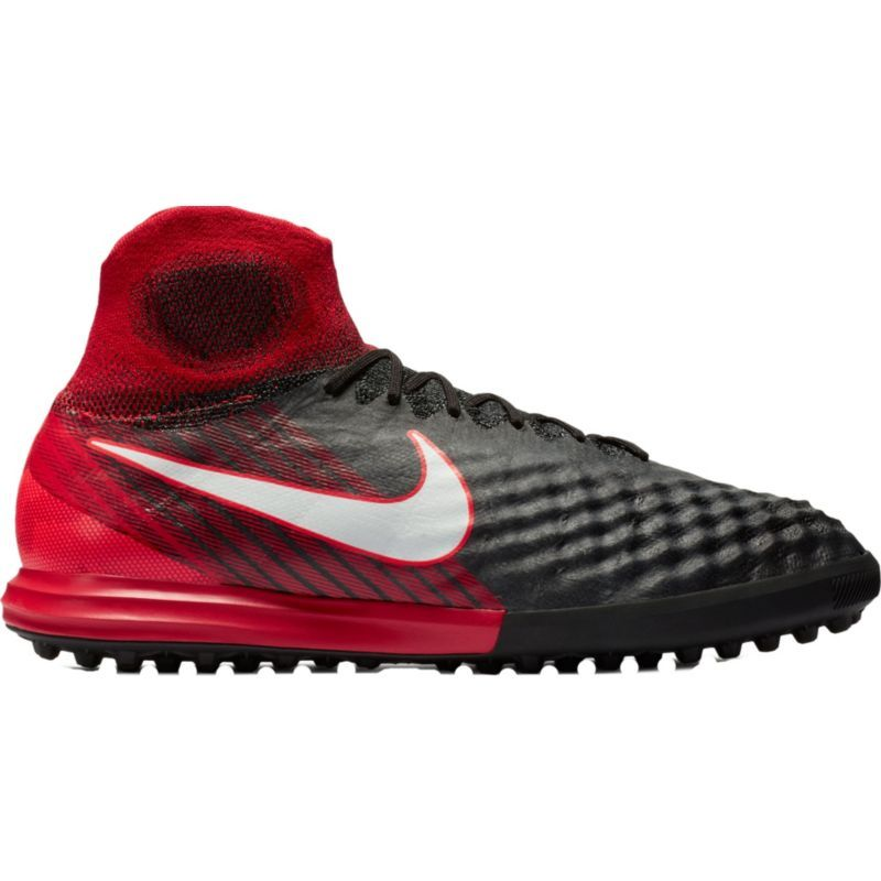 2f5f5e2cff8e Nike Men s MagistaX Proximo II Dynamic Fit Indoor Soccer Shoes