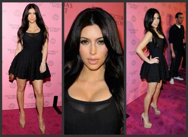 Makeup to black dress kim