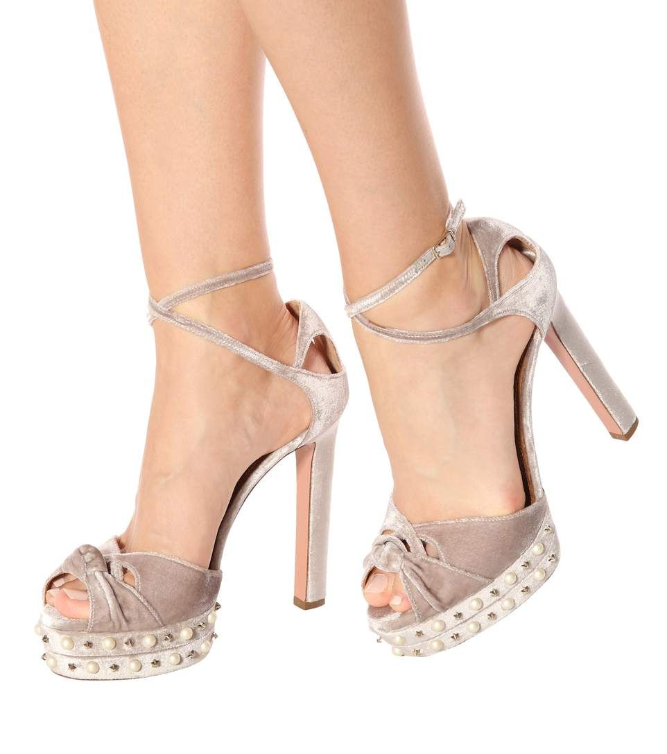 Aquazzura Harlow Pearls 140 plateau sandals