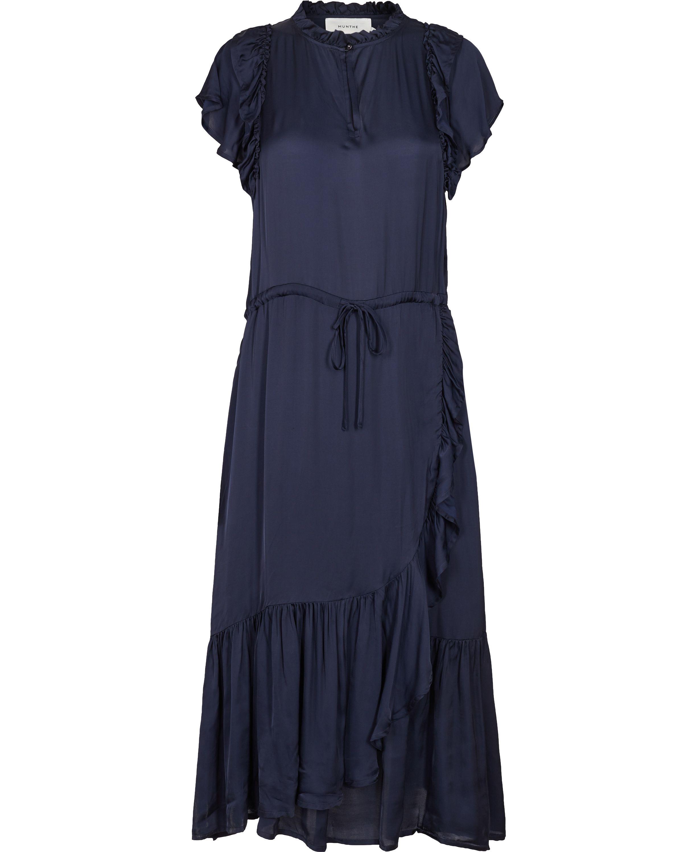 81bed4c29 Pierre kjole fra MUNTHE – Køb online på Magasin.dk | Inspiration i ...
