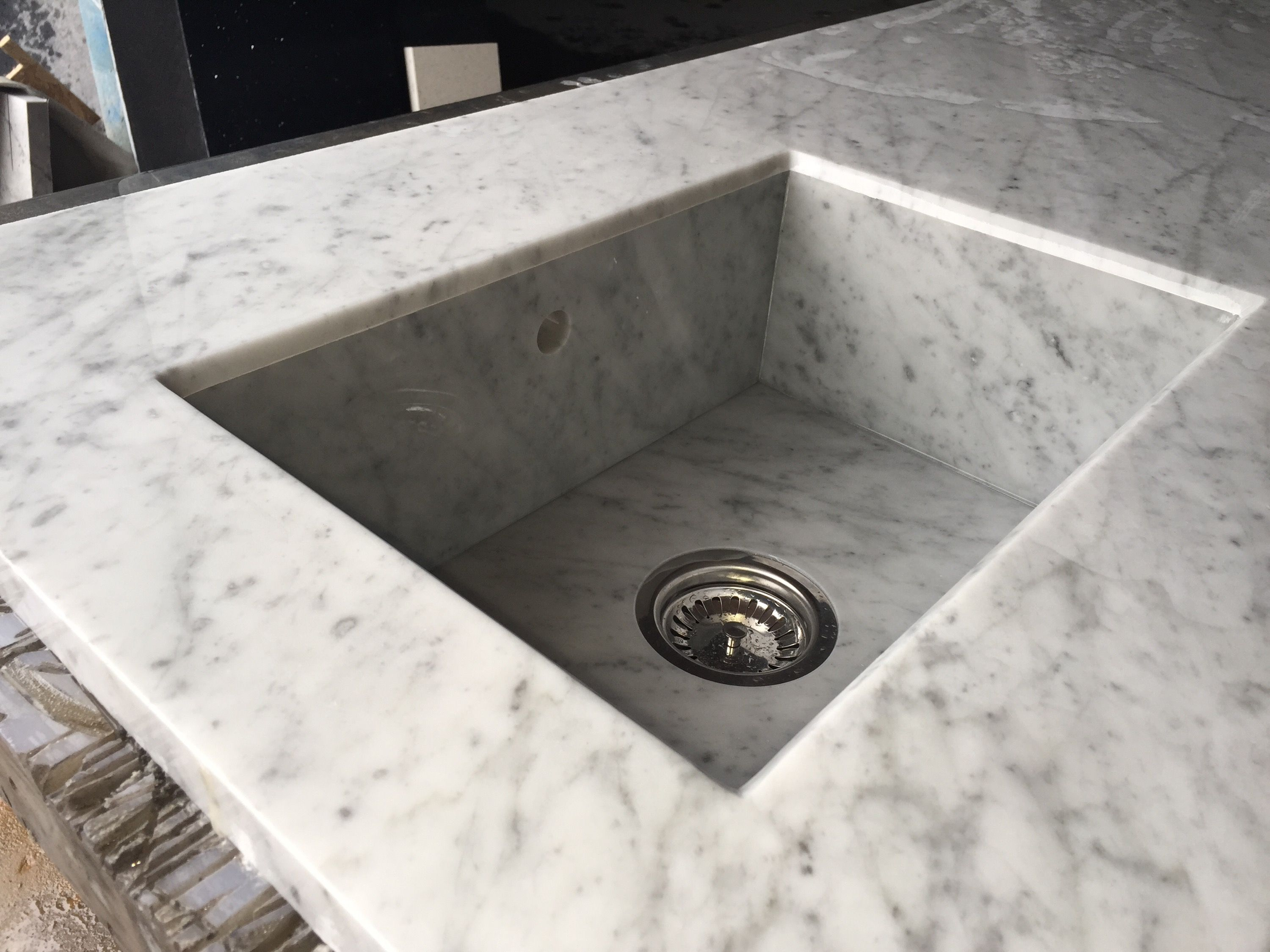 Attractive QUARTZ INTEGRATED SINKS | Here We Have Made A Very Simple But Effective  Integrated Marble Sink