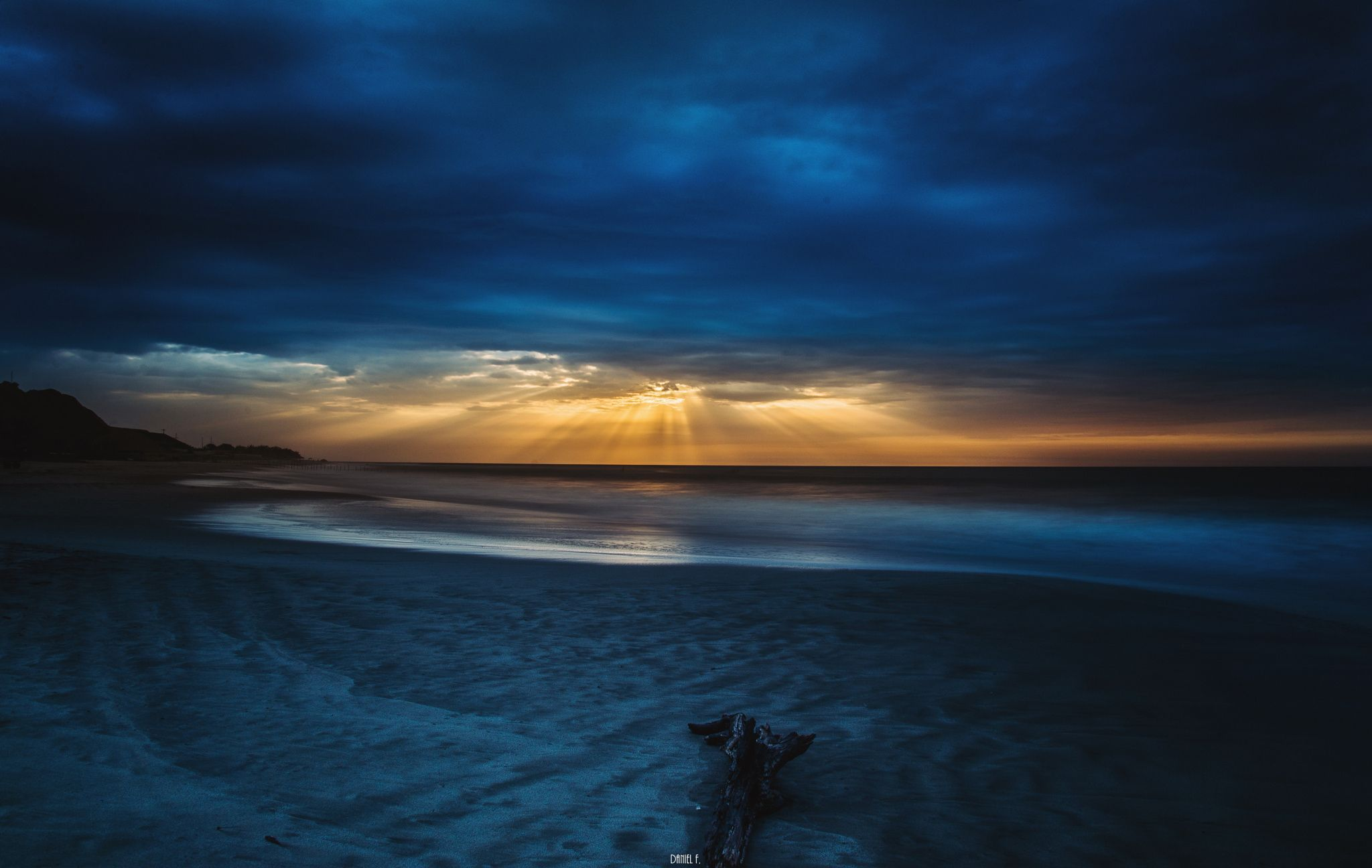 Un atardecer misterioso - Punta sal - Tumbes