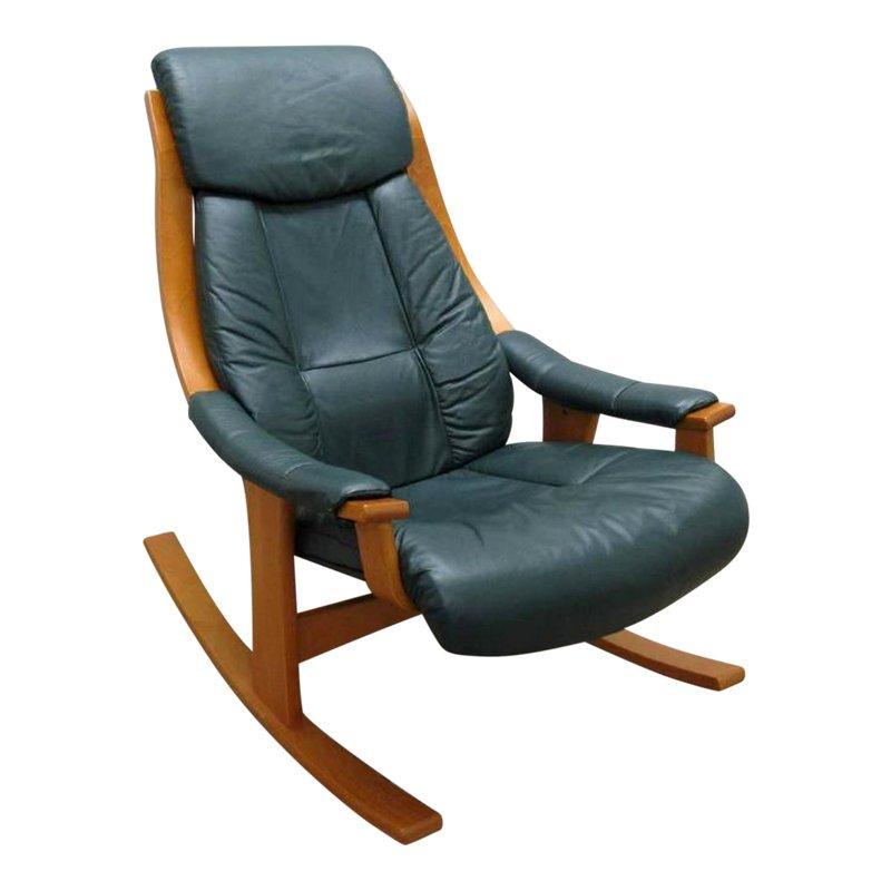 Modern ekornes scandinavian style rocking leather chair