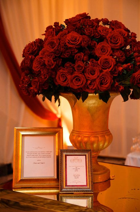 royal wedding, gold wedding, red roses, red wedding, thrones, gilded, crowns, opulent || Colin Cowie Weddings