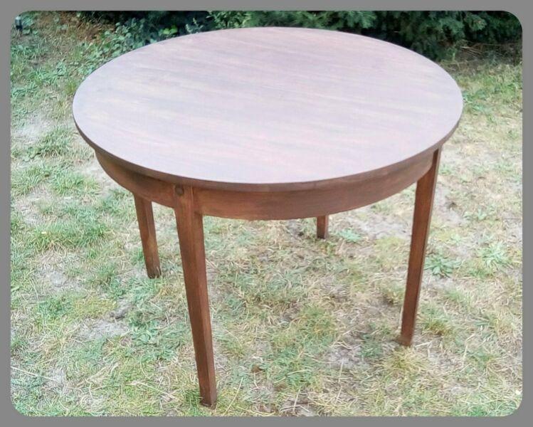 Antik Tisch Biedermeier Original Aus Dieser Zeit Holz Rund Gebraucht Ausziehbar Erweiterbar Wenn Mehrere Gaste Kommen In Biedermeier Tisch Tische Holz Tisch