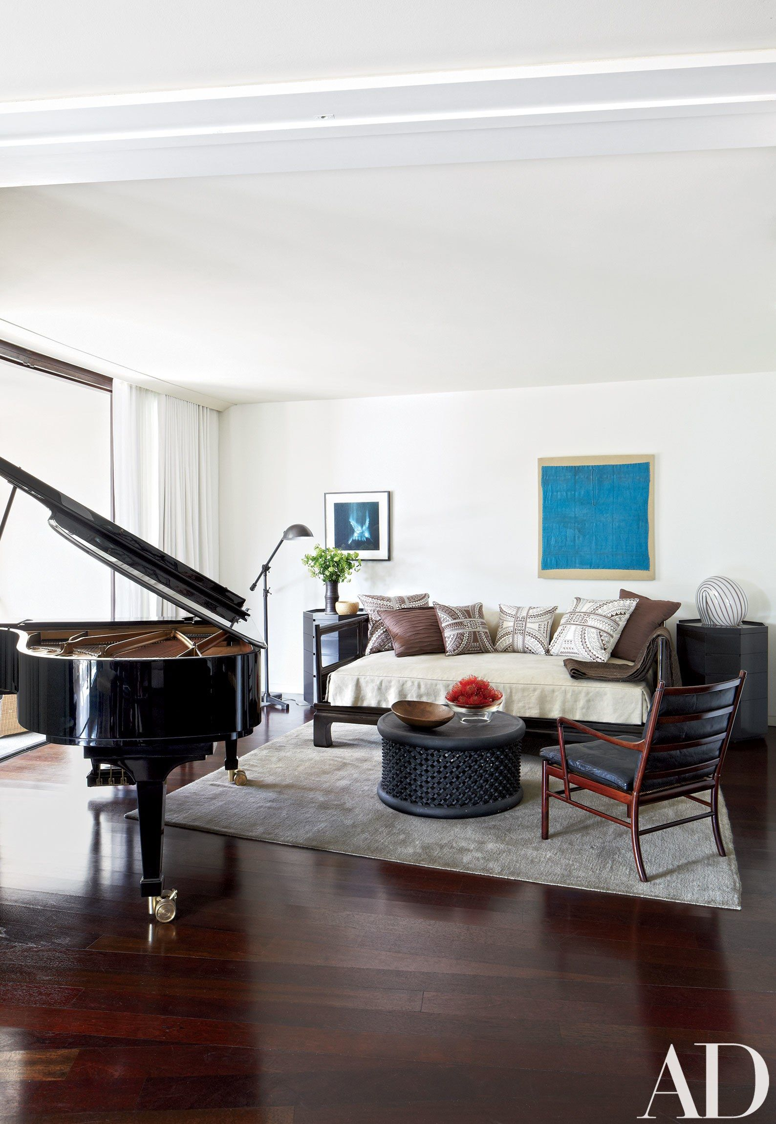 See How Calvin Tsao Crafted a Chic and Relaxed Palm Beach Apartment