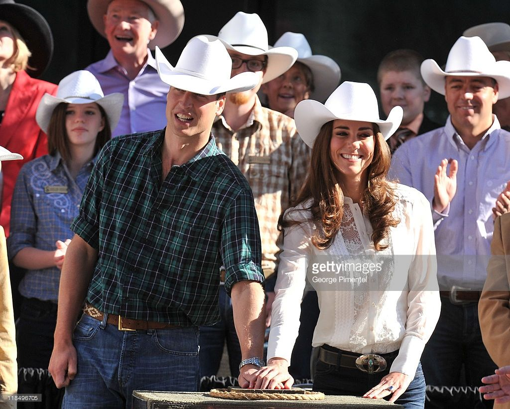 Prince William, Duke of Cambridge and Catherine, Duchess of Cambridge attend the…