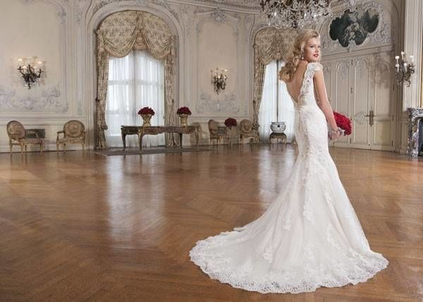 Va Va Voom Wedding Dresses By Justin Alexander Mywedding Vintage Style Wedding Gowns Winter Bridesmaid Dresses Justin Alexander Wedding Dress