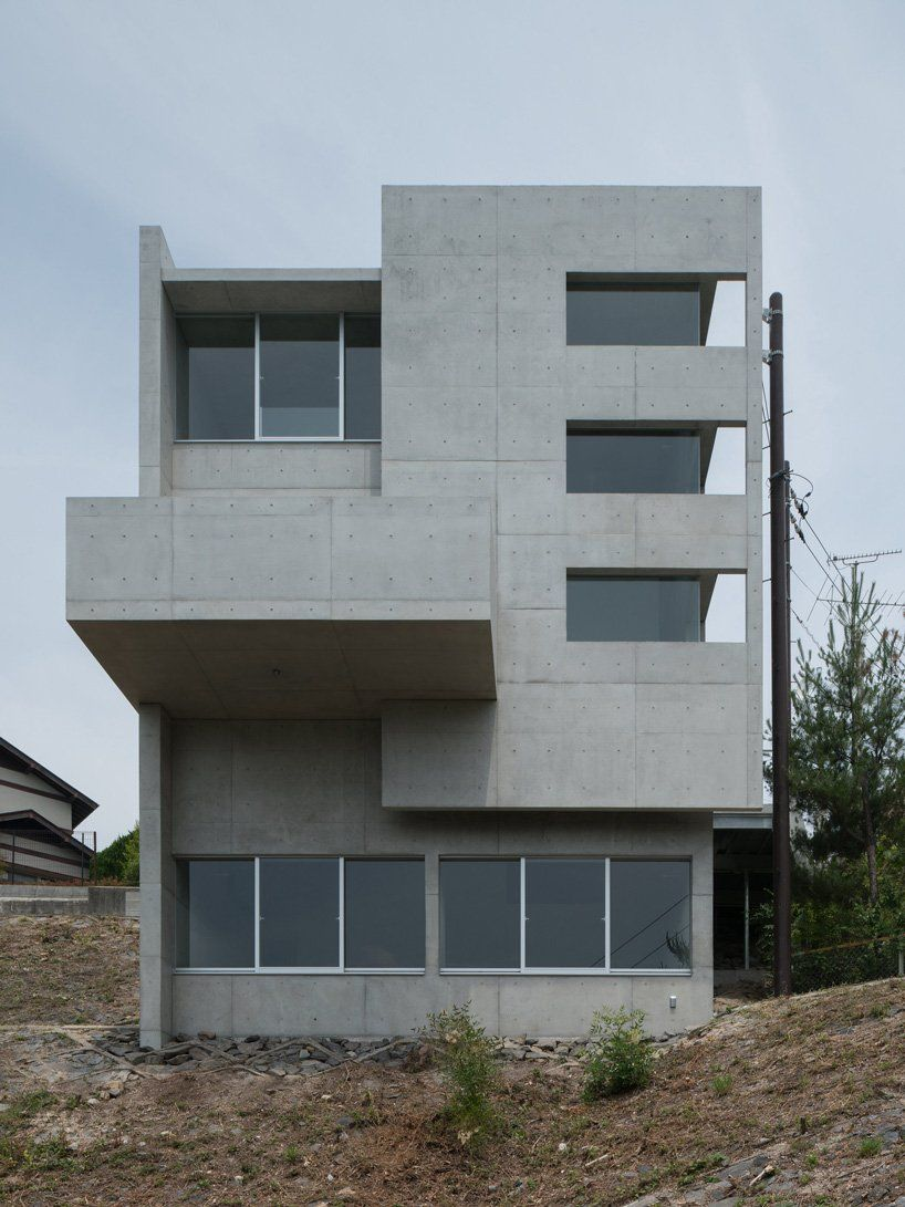 Kazunori Fujimoto Architects Completes All Concrete House On A Sloping Site In Ajina Japan In 2020 Concrete House Architect Architecture