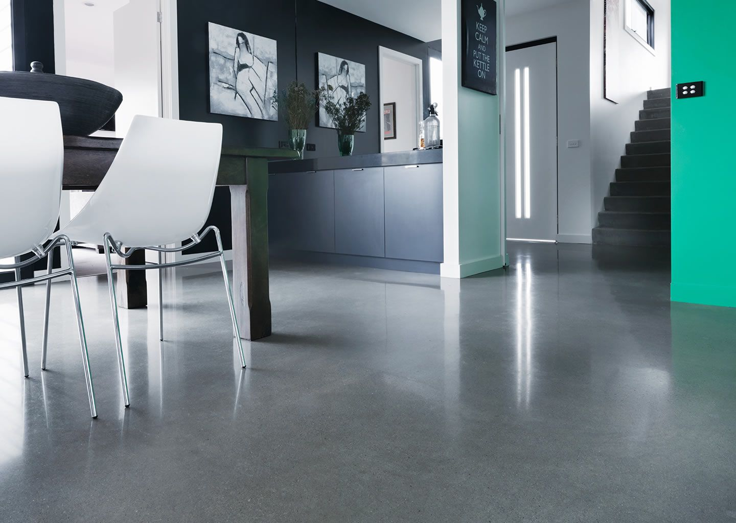 10 Amazing Polished Concrete Floors For Supporting Home Interior