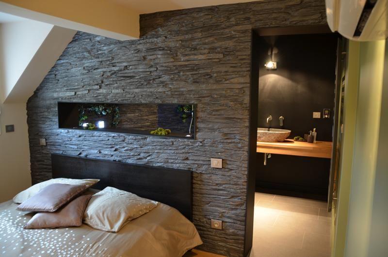 Chambre ouverte sur la salle de bains bedrooms - Idee chambre parentale avec salle de bain ...