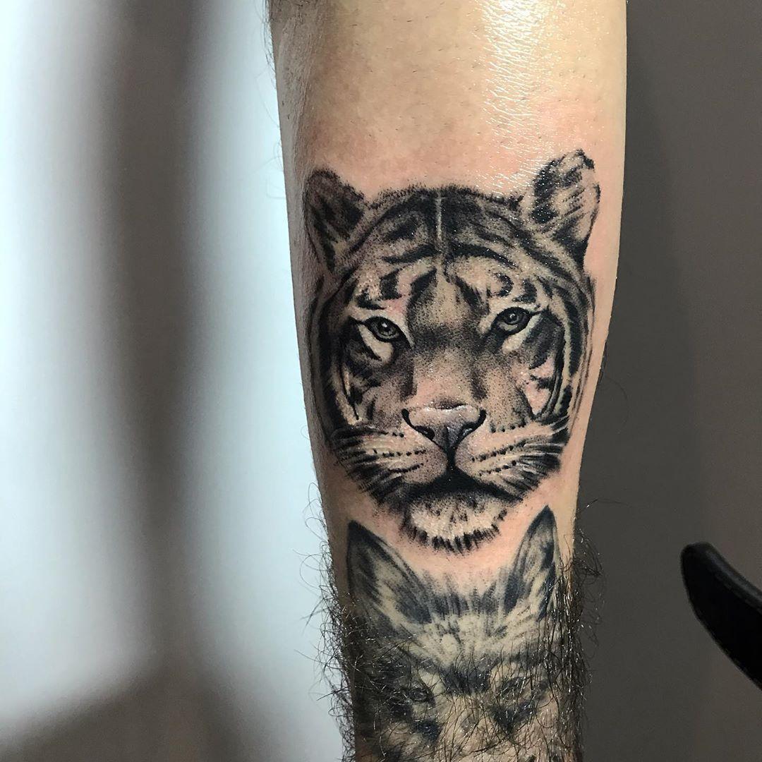 • • • #tattoo #tattoos #tattooed #tattooart #tattooartist #tattoogirl #tat #tatouage #tattooer #tatuajes #tattooist #tattooing #tatts #tatt #tattooedgirls #tattoolife #tattoodesign #tattoed #blackwork #tatted #tats #tattoomodel #traditionaltattoo #tattooink #inkedgirls #tatuaggio #tattooideas #inked