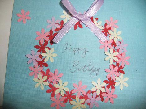 大好きな人に誕生日プレゼントをあげるとき 誕生日を素敵な日にするためにはプレゼントだけでなく バースデーカードも添えることをおすすめします 関連記事 バースデーカードの書き方は 使える英語 フランス語メッセージ集付き 関連記事 手作りバースデー