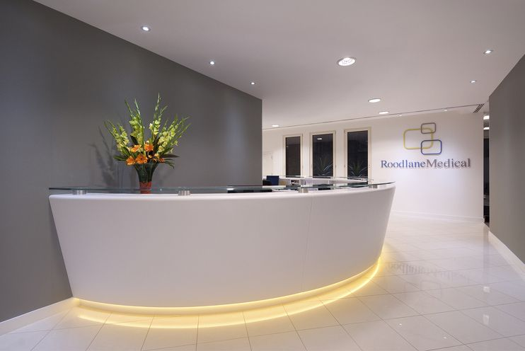 Roodlane medical office design fit out by maris for Medical office design