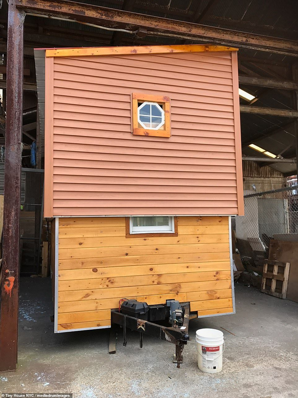 Tiny house with roof that slides up to reveal another STOREY ... on raised foundation homes, raised house, raised ranch style homes, raised floor homes,