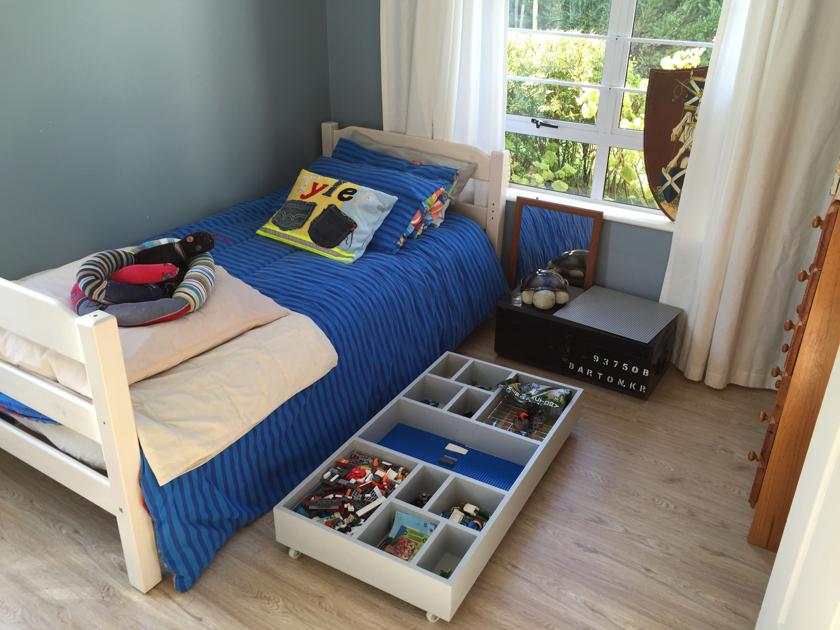 Simple Lego Storage Under The Bed