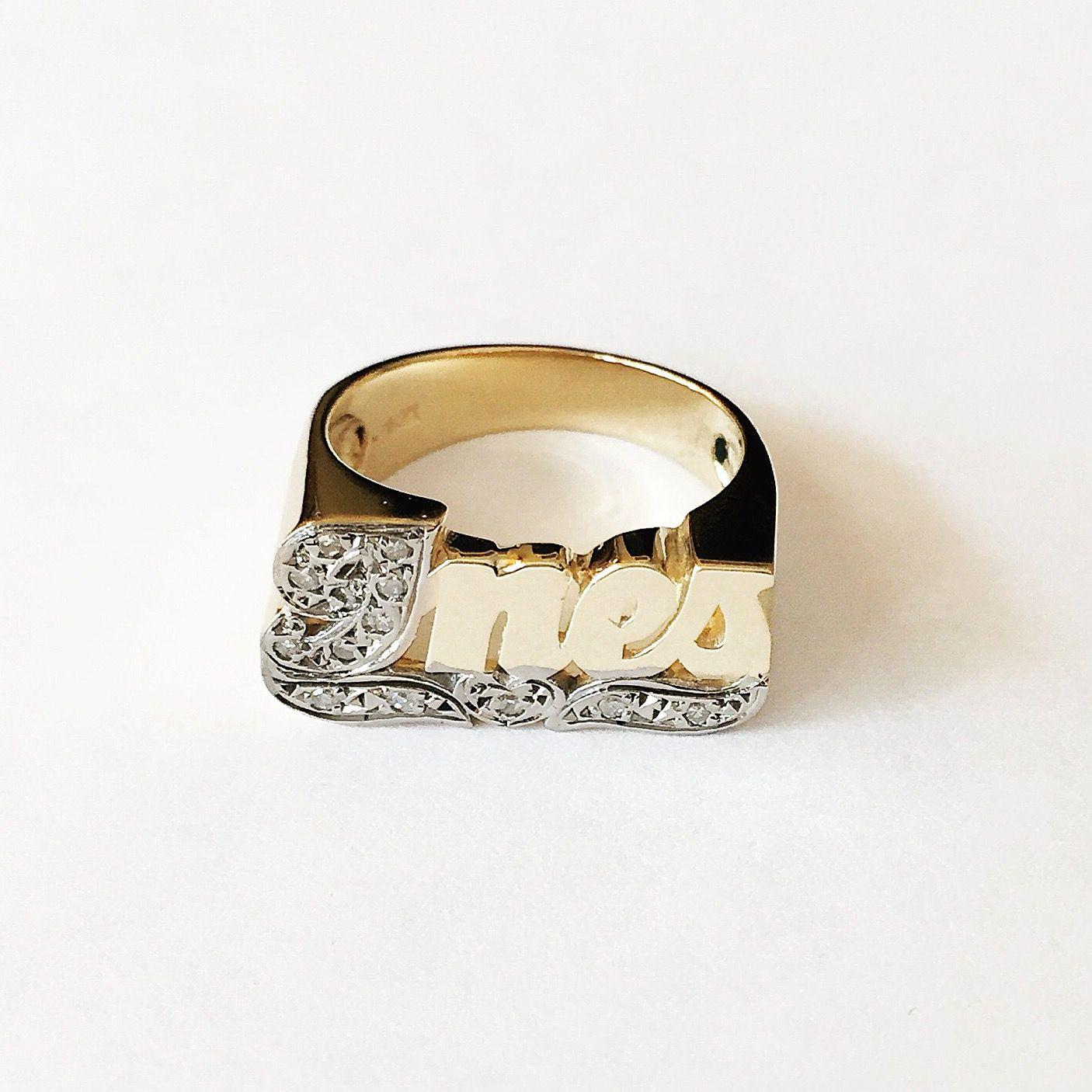 Large Script Name Ring w/10 diamonds