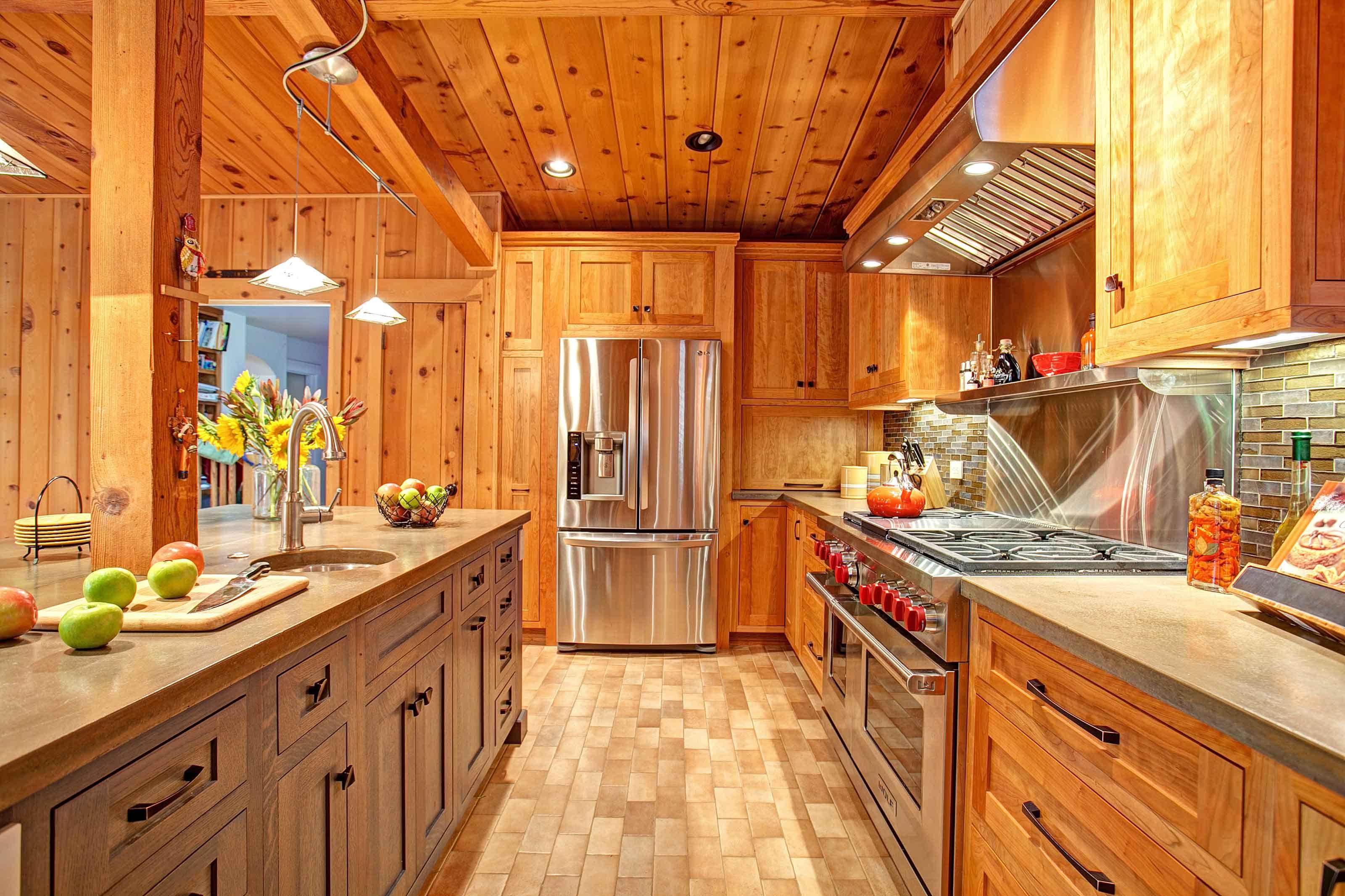 Cedar Kitchen Kitchens Kitchen Kitchen Doors Wooden Kitchen