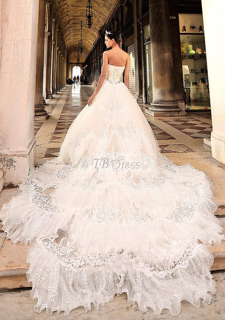 Luxurious A-Line Sweetheart Lace-up Cathedral Train Lace