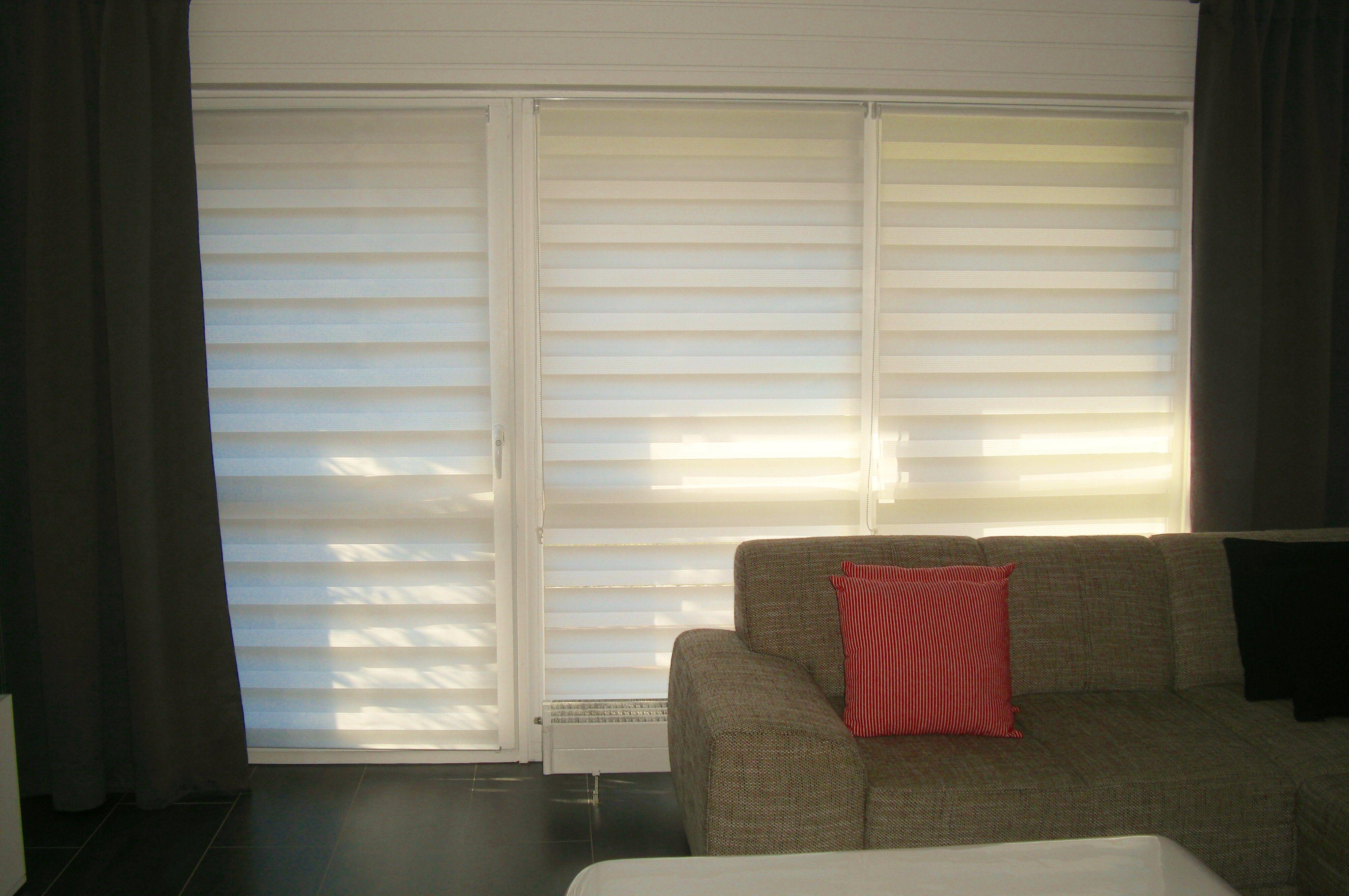#rollo #wohnzimmer #couch #wohlfühlen Macht Euer Zuhause Schöner Mit  Unseren Rollos.
