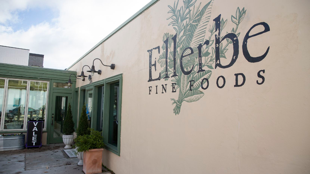 100plus DallasFort Worth restaurants offering drivethru