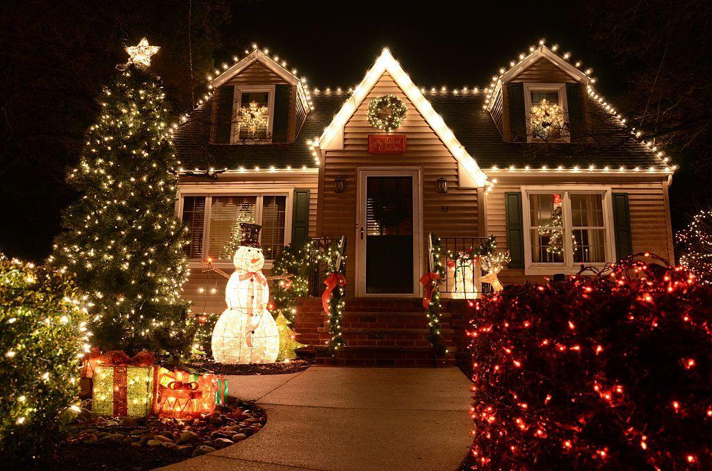 25 Ways To Make Christmas More Magical Than Ever Outside Christmas Decorations Christmas Lights Decorating With Christmas Lights