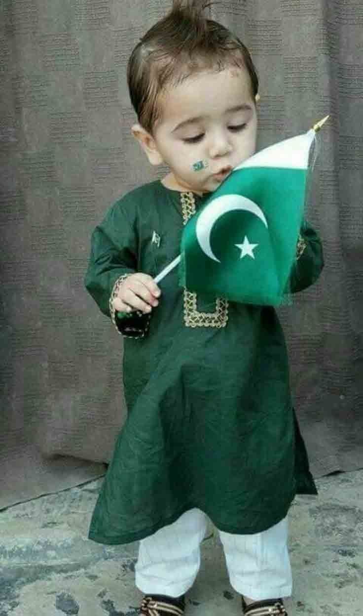 f6a7679644 Green kurta kameez with white shalwar for 14th august dresses for baby boys  in Pakistan 2017