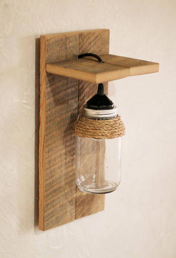 Esta luminaria de tarro de mas n es el aplique perfecto - Como hacer lamparas de techo artesanales ...