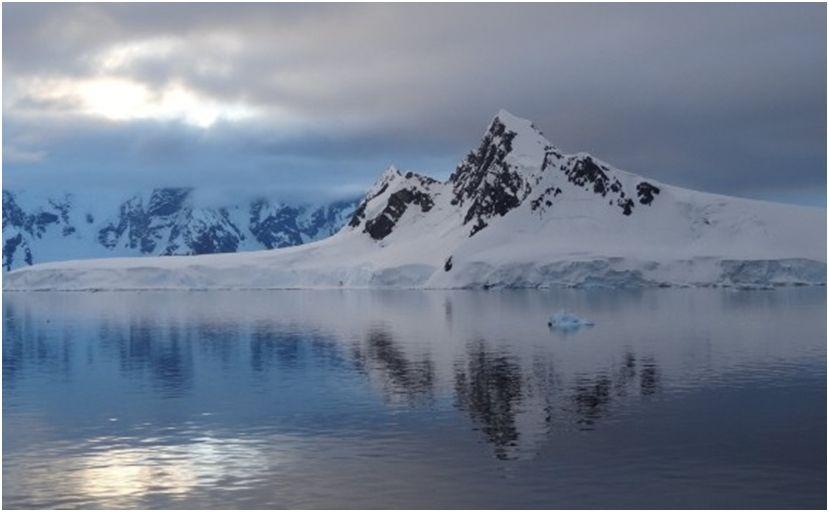 Pôr do sol na Antártida