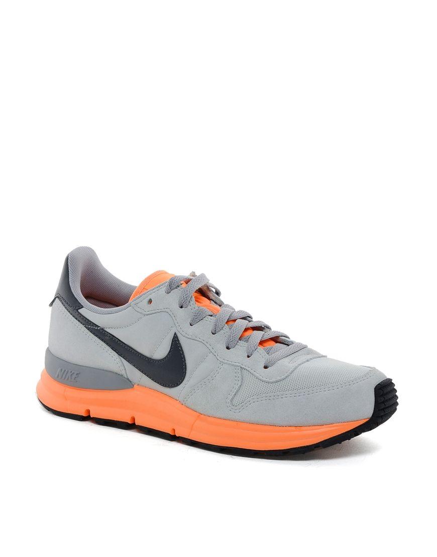 newest 70c4a 72c18 Nike Lunar Internationalist Trainers