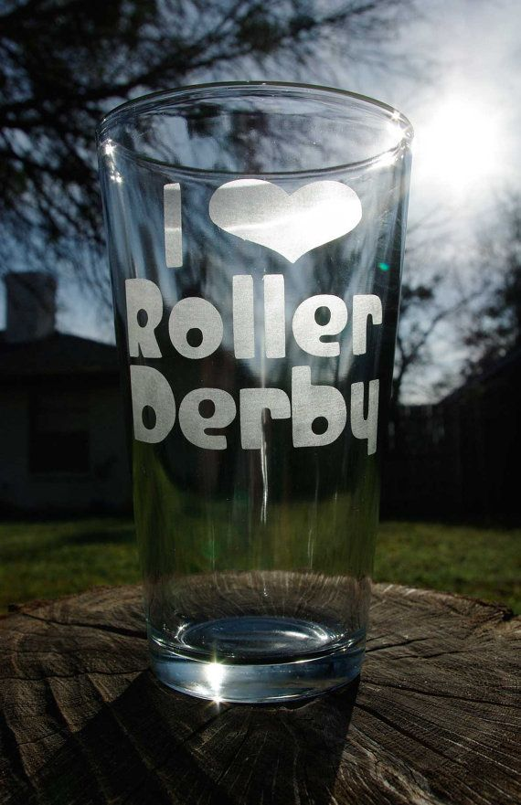 I heart Roller Derby Etched Pint Glass by derbylittlehabit on Etsy @kaesi corne