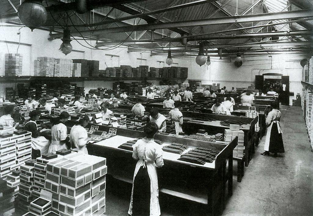 1912 WD & HO Wills Bristol Bristol, Tobacco industry