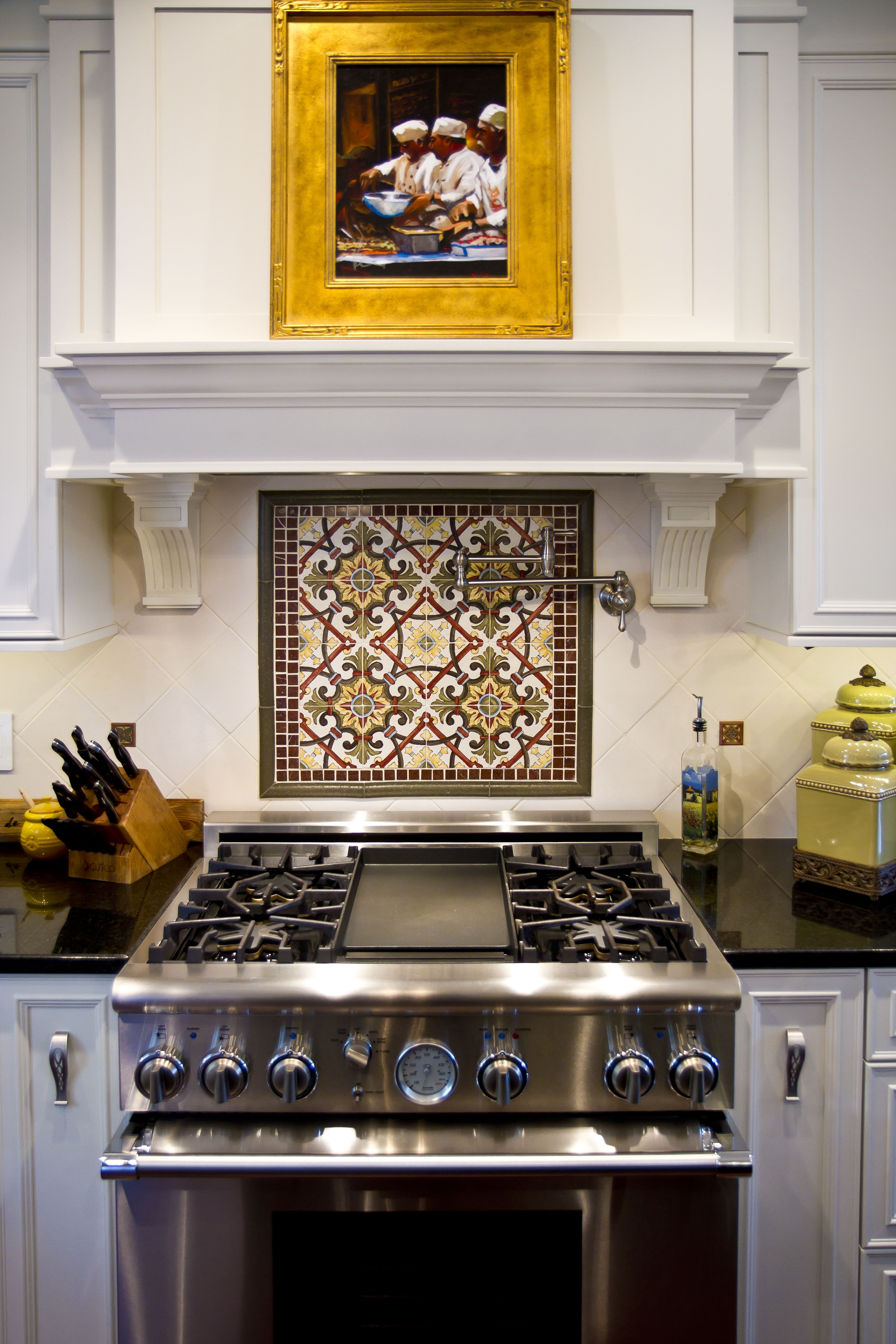 Kitchen Designed By Monarch Kitchen Bath Range Hood And Backsplash Detail Monarchkitchenandbathdes Classic Kitchens Kitchen Remodel Kitchen And Bath Design