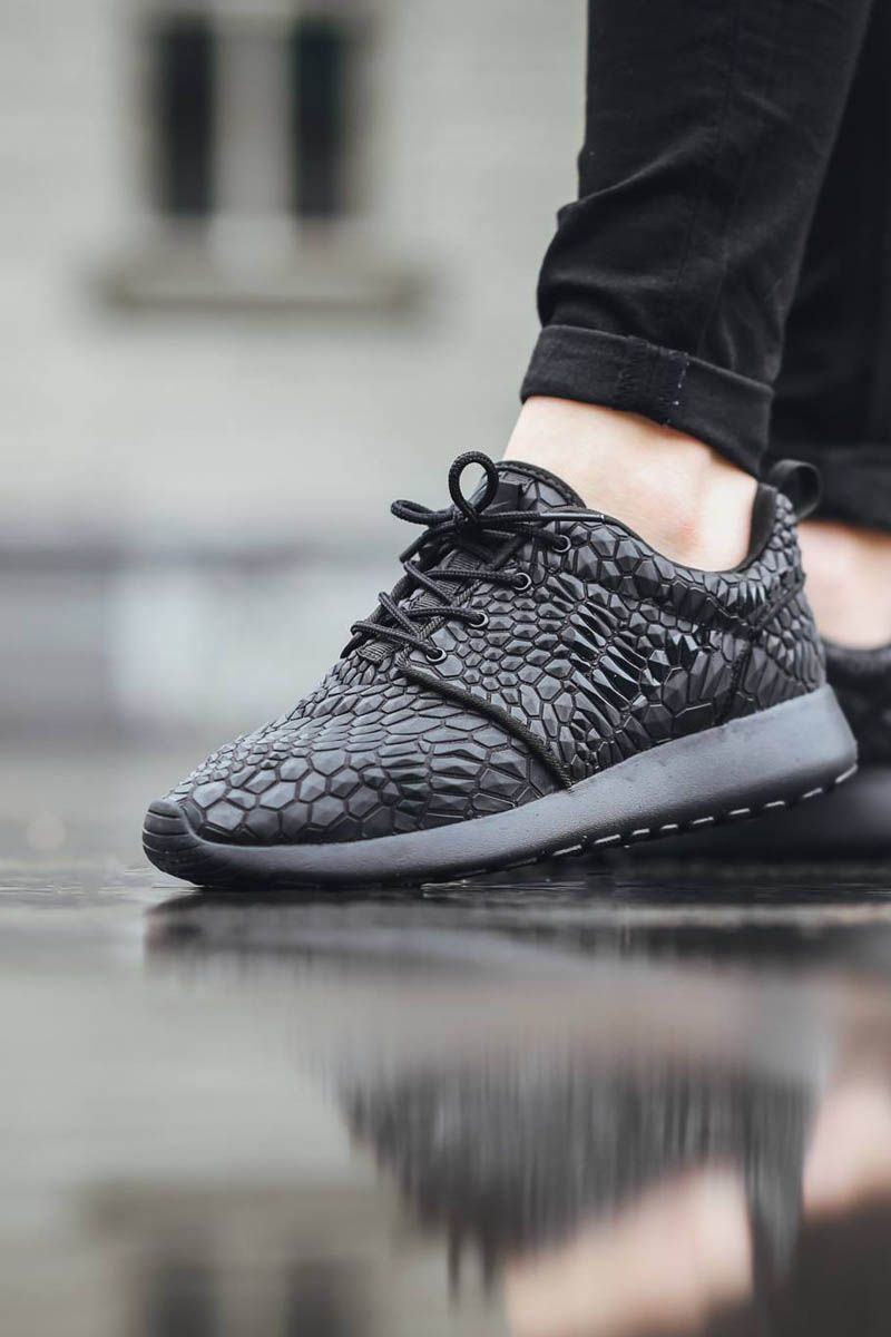 Nike roshe one dmb red womens - New Nike Roshe Run Lebron James Shoes Authentic Jordans And Nike Foamposites 2014 Online Welcome To Order One