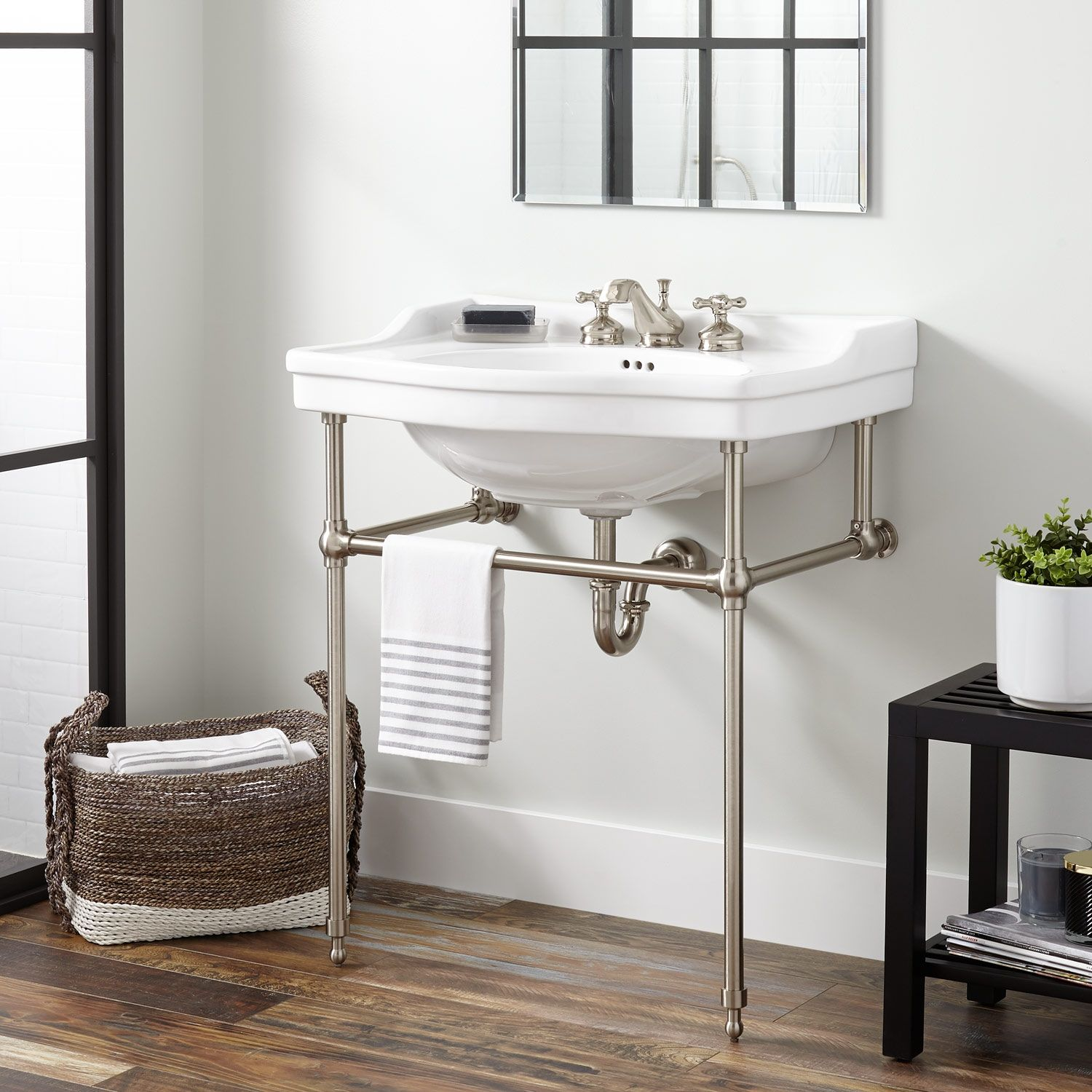 Contemporary Embellishments Enhance The Cierra Console Sink With Brass Stand A Great Fit For Small Bathrooms This In 2020 Bathroom Console Console Sink Console Sinks