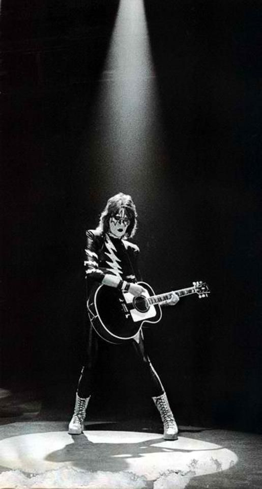 Ace Frehley 1981 A World Without Hereos Video Kiss Rock