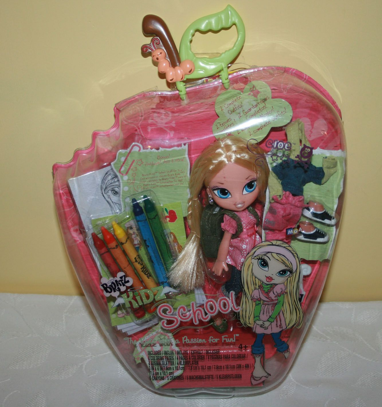 Brand New In Box Bratz Kidz Cloe Doll School Is Cool Girl In Clothes Shoes 4 99 3 Vintage Dolls Childhood Toys Dolls