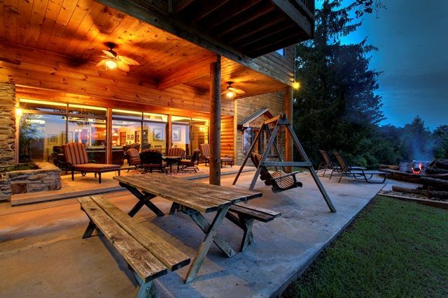 Helen, GA Cabin Rentals | Mountain Top Manor | Luxury Cabin With  Spectacular Mountain Views