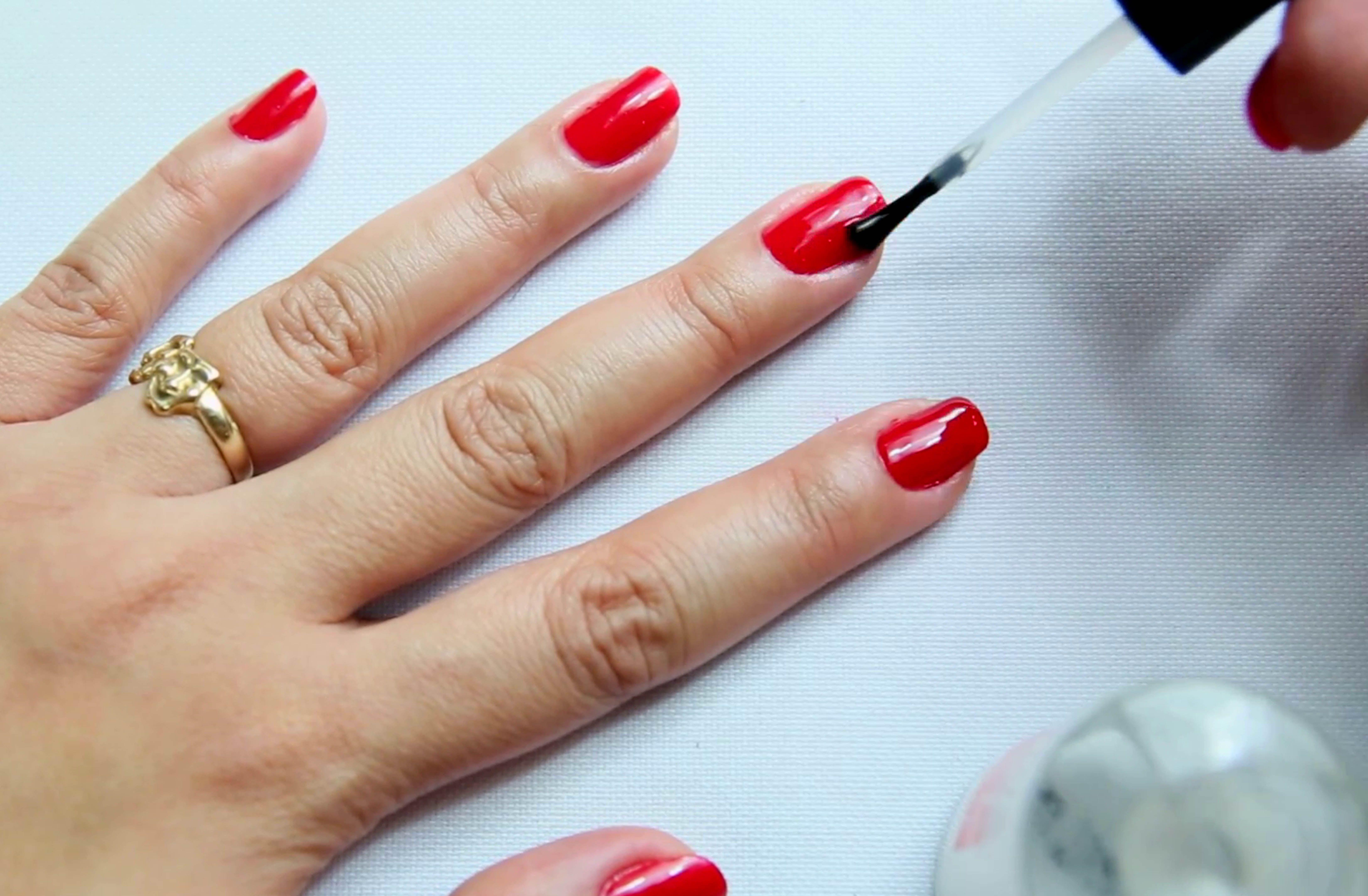 How to dry nail polish quickly dry nail polish nail